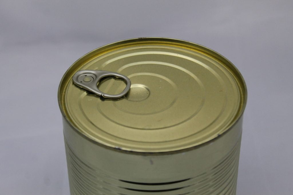 tin can with pop top